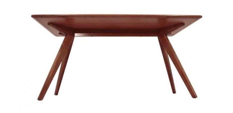 Table de Repas Design Otsu en Bois 150cm